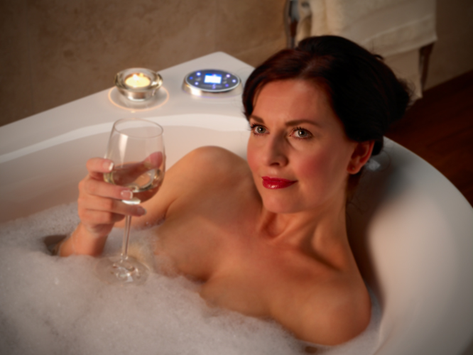 Lady relaxing in Thermasure temperature controlled bath